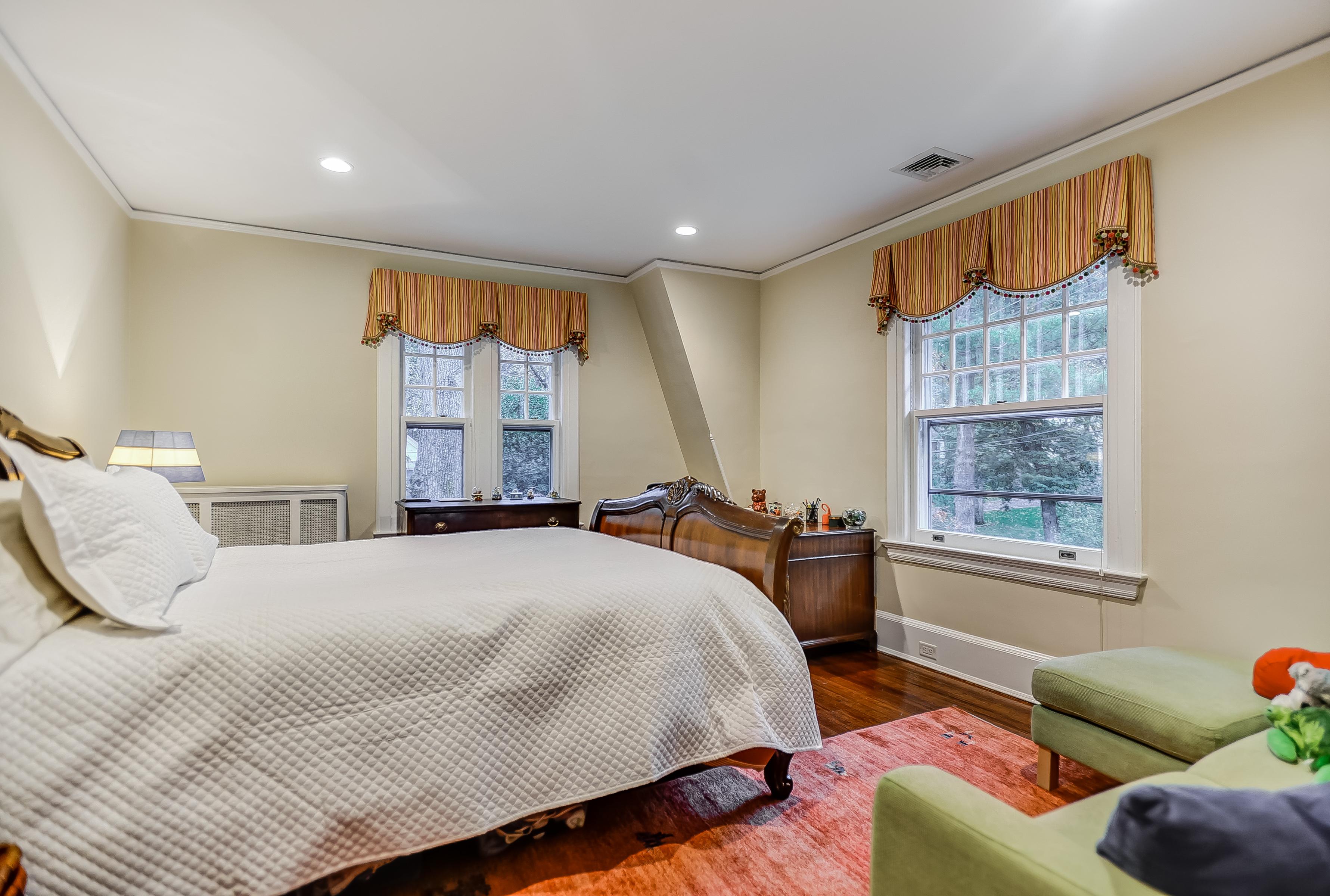 15 – Bedroom 2 – 67 Oak Ridge Avenue