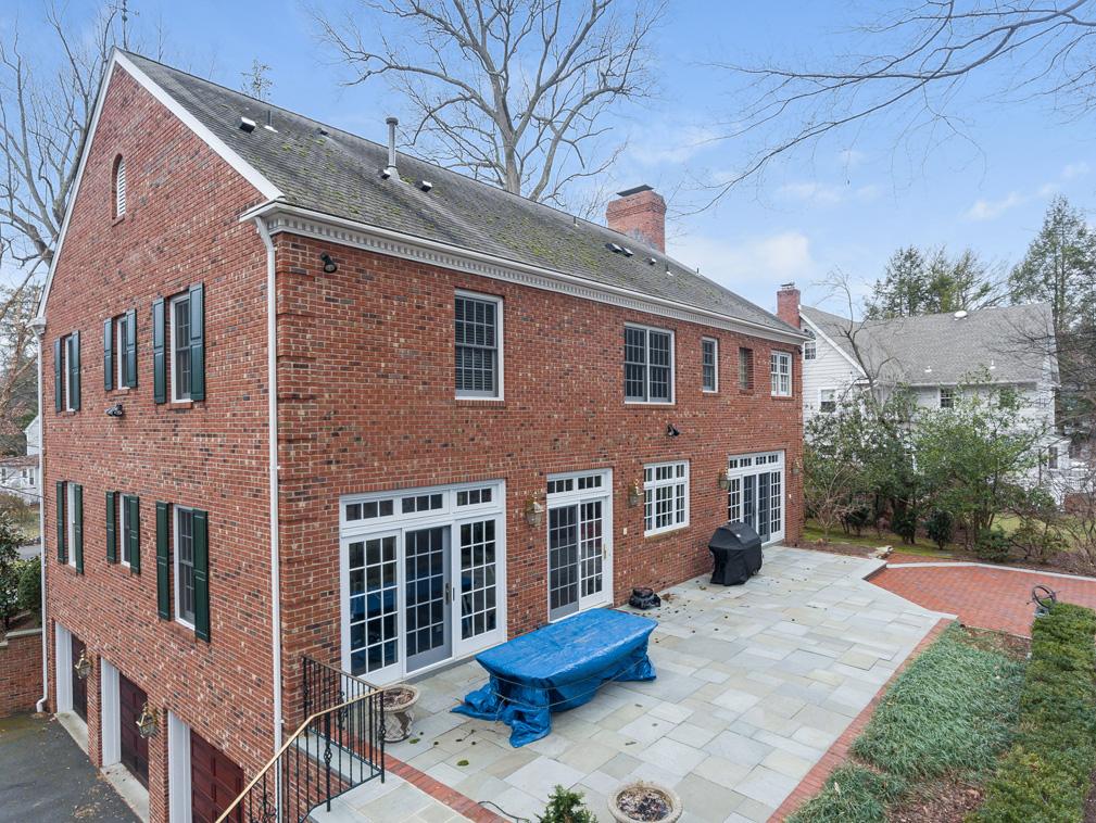 26 Woodcrest Avenue – Bluestone Patio