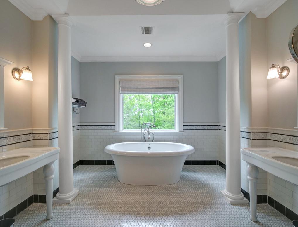 14 – 28 Montview Avenue – Spa-like Master Bath