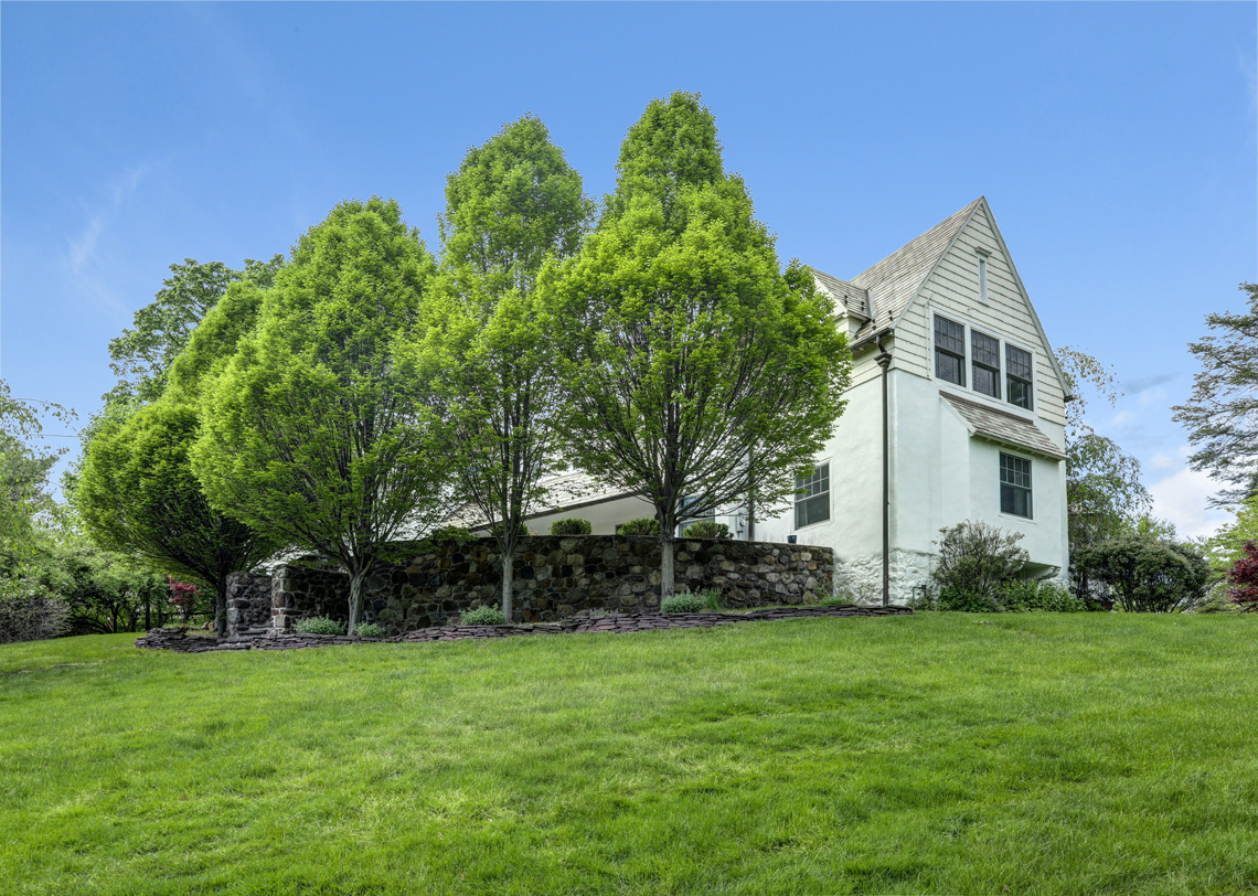 22 – 407 Hobart Avenue – Stunning Property