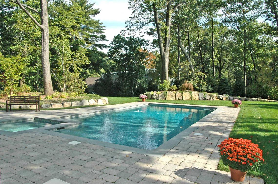 23 – 28 Montview Avenue – Pool
