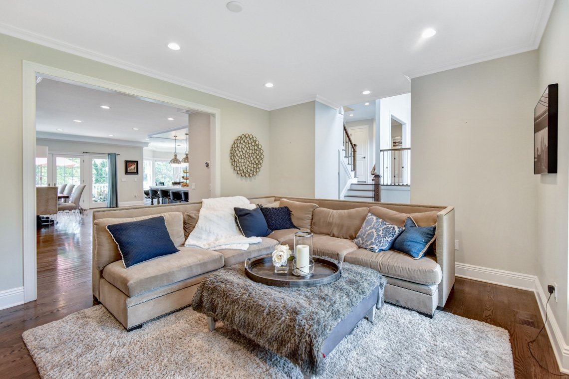 4 – 137 Silver Spring Road – Family Room