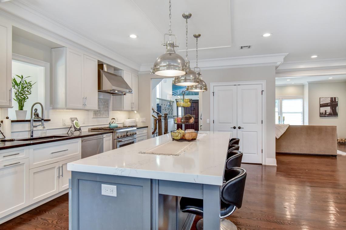 8 – 137 Silver Spring Road – Kitchen