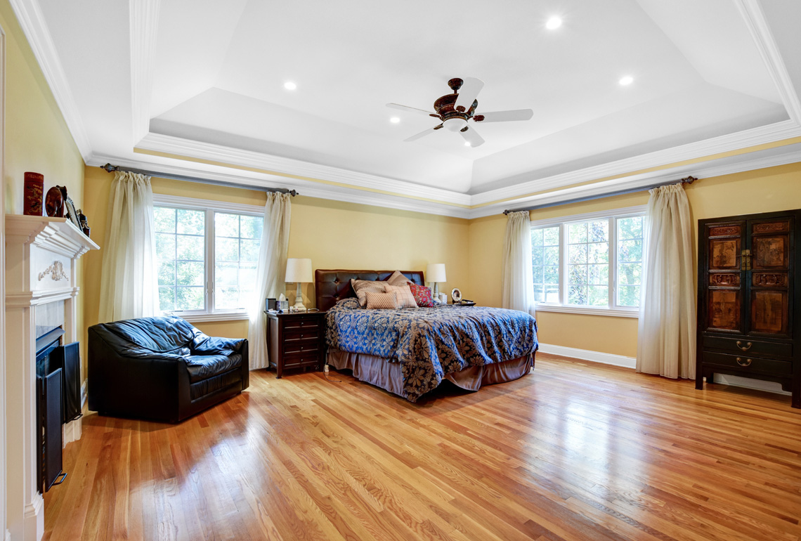 15 – 48 Holly Drive – Master Bedroom