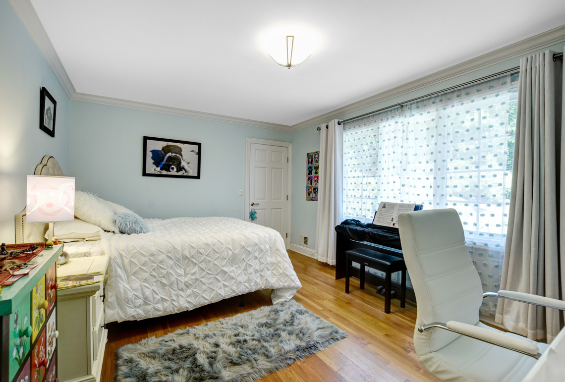 18 – 48 Holly Drive – Bedroom 2