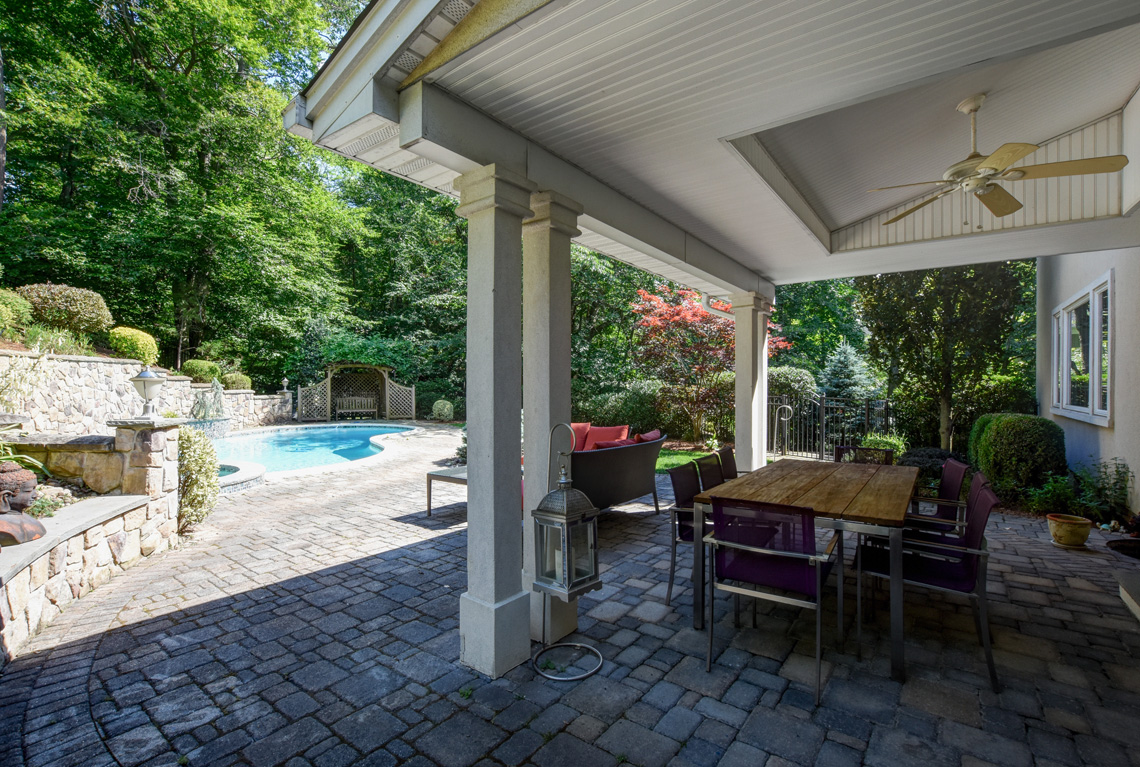 23 – 48 Holly Drive – Incredible Backyard