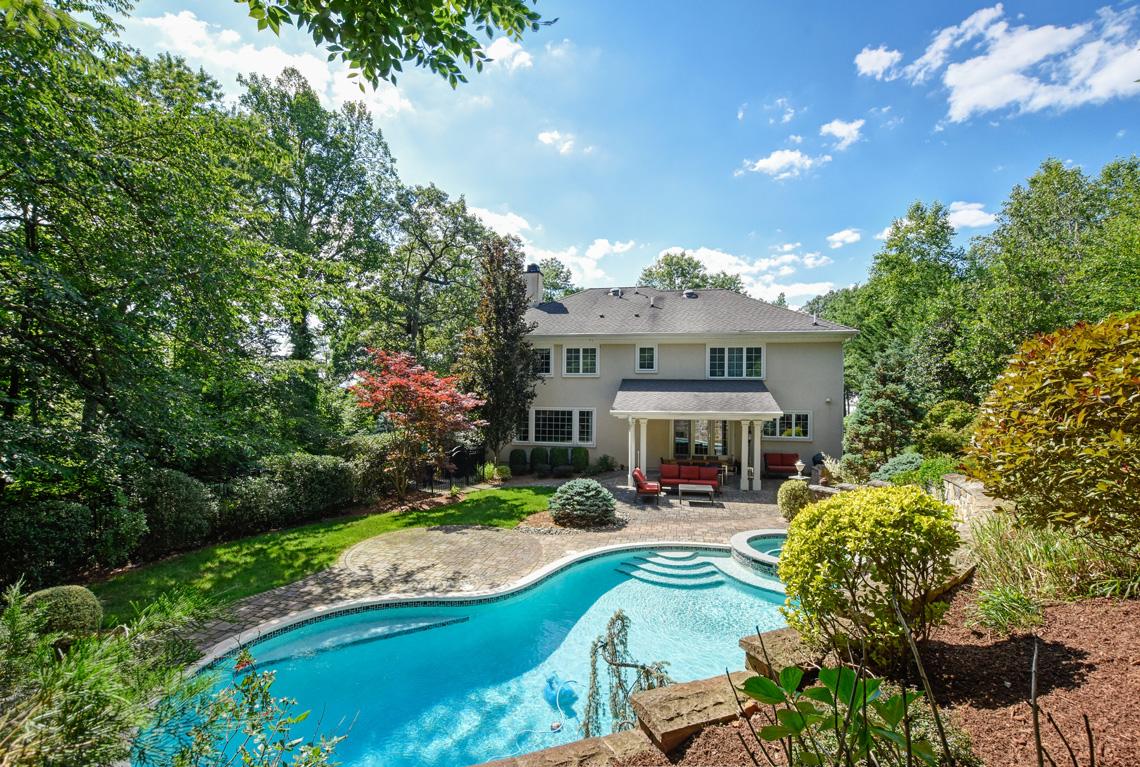 24 – 48 Holly Drive – Incredible Backyard