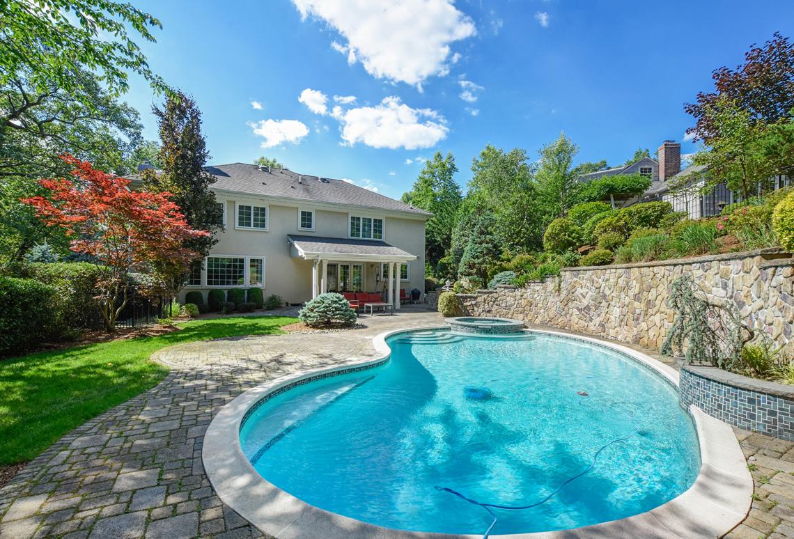 3 – 48 Holly Drive – Beautiful Backyard