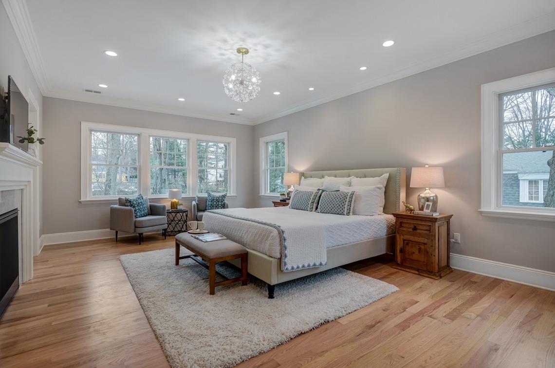 14 – 16 Sheridan Drive – Master Bedroom