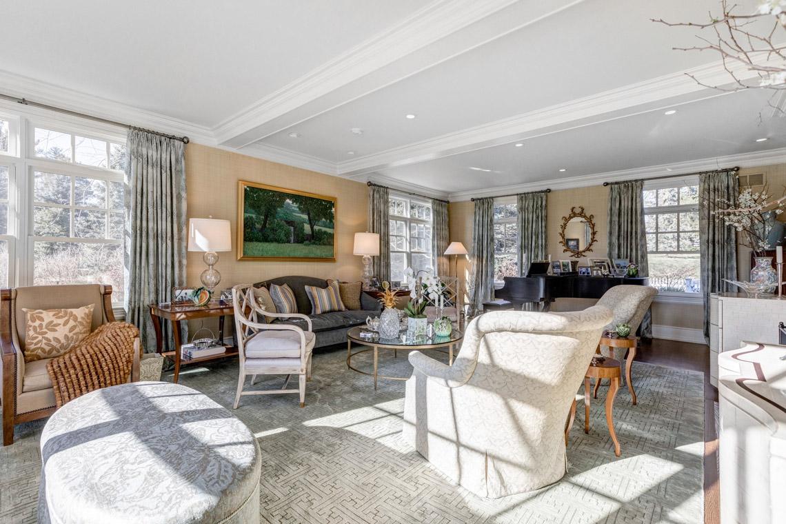 13 – 121 Lees Hill Road – Living Room