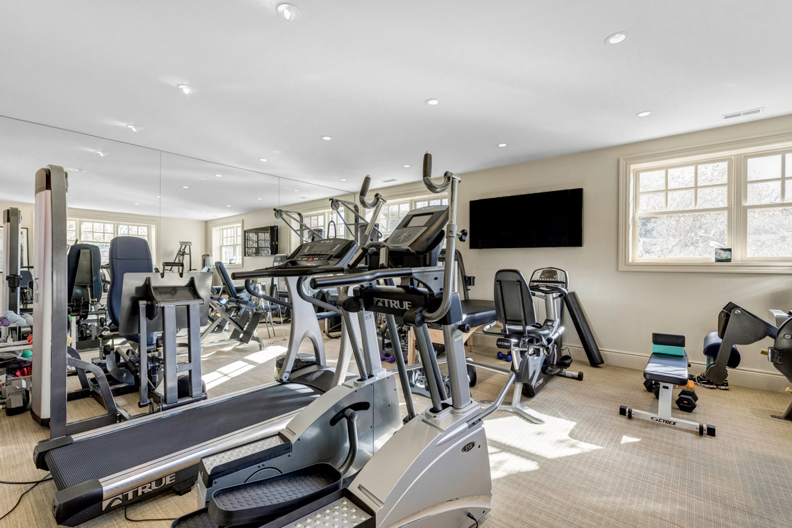 21 – 121 Lees Hill Road – Home Gym