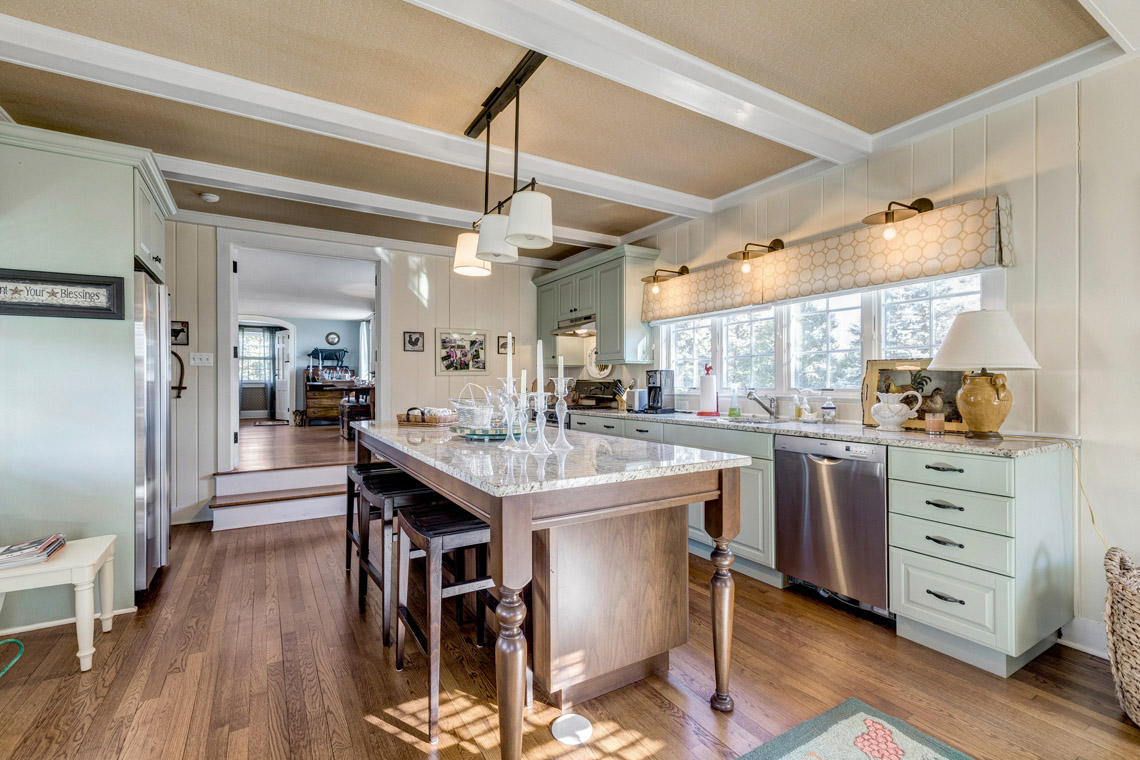 22 – 121 Lees Hill Road – Guest Home Kitchen