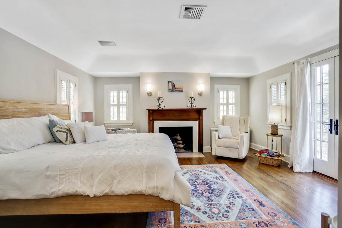 14 – 136 Hobart Avenue – Master Bedroom