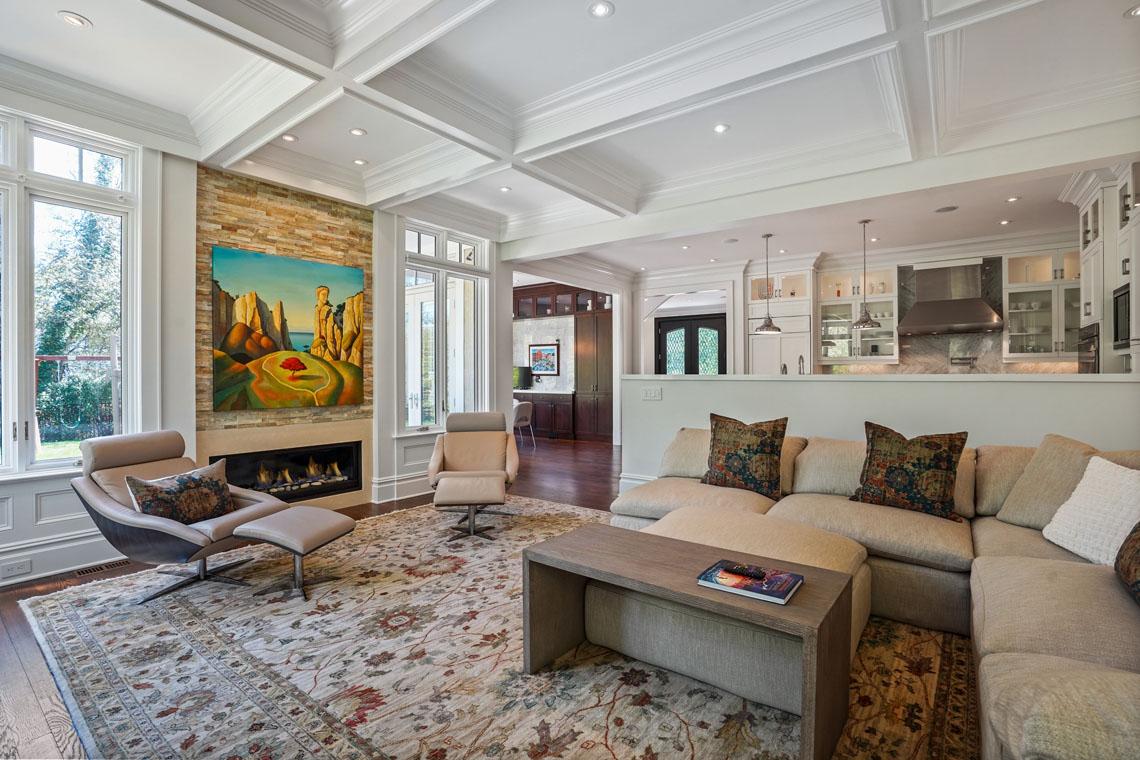 10 – 24 Delwick Lane – Family Room
