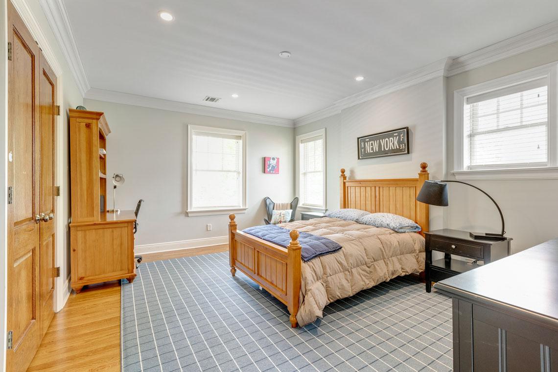 16 – 73 Oak Ridge Avenue – Bedroom 3