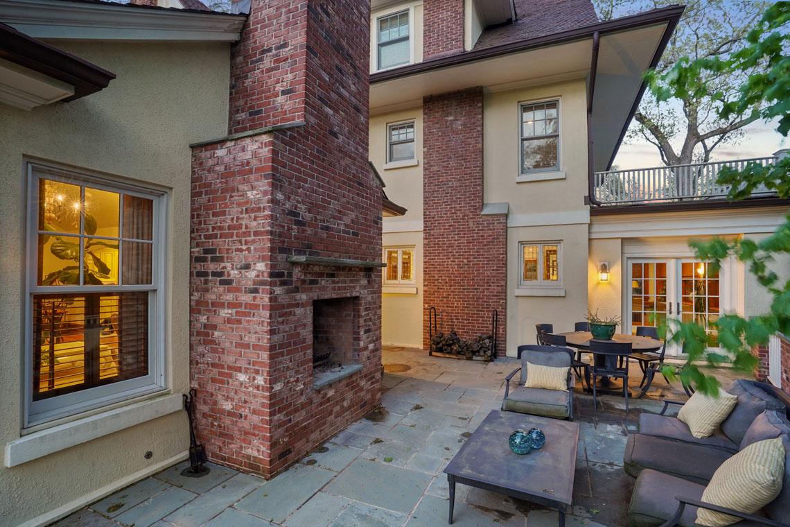 24 – 73 Oak Ridge Avenue – Amazing Terrace