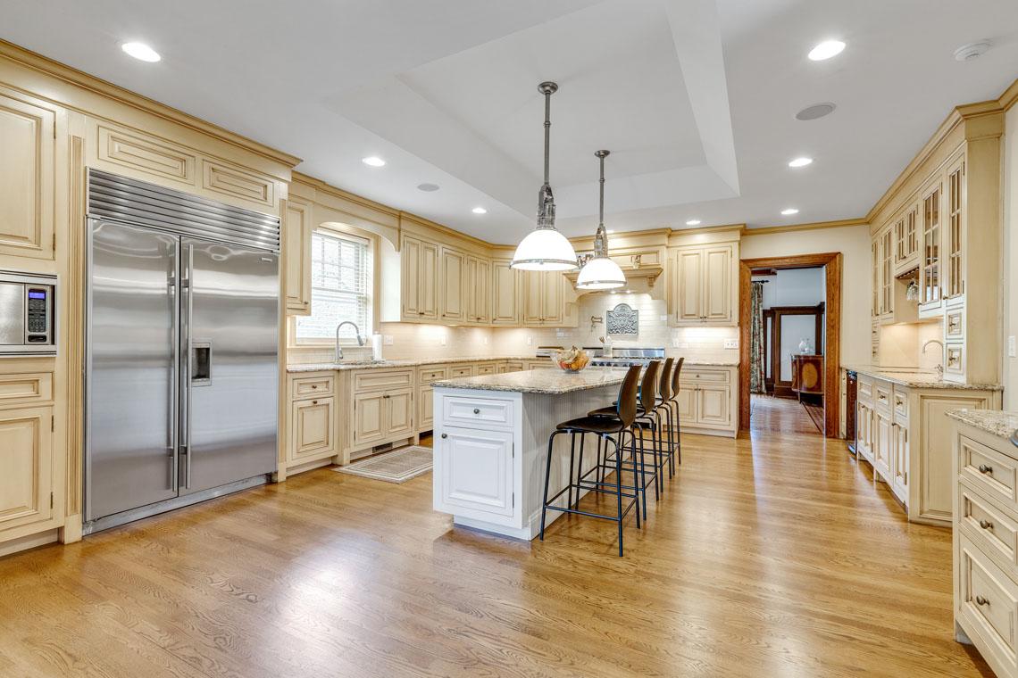 8 – 73 Oak Ridge Avenue – Kitchen