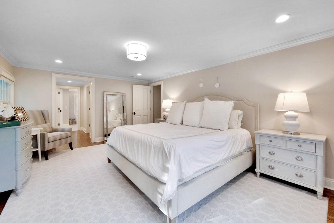 15 – 25 Barnsdale Road – Master Bedroom
