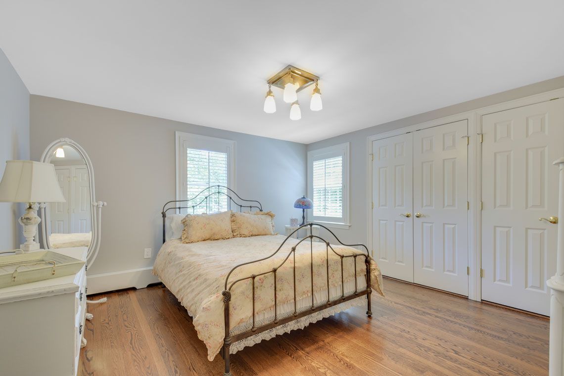 16 – 11 Hardwell Road – Bedroom