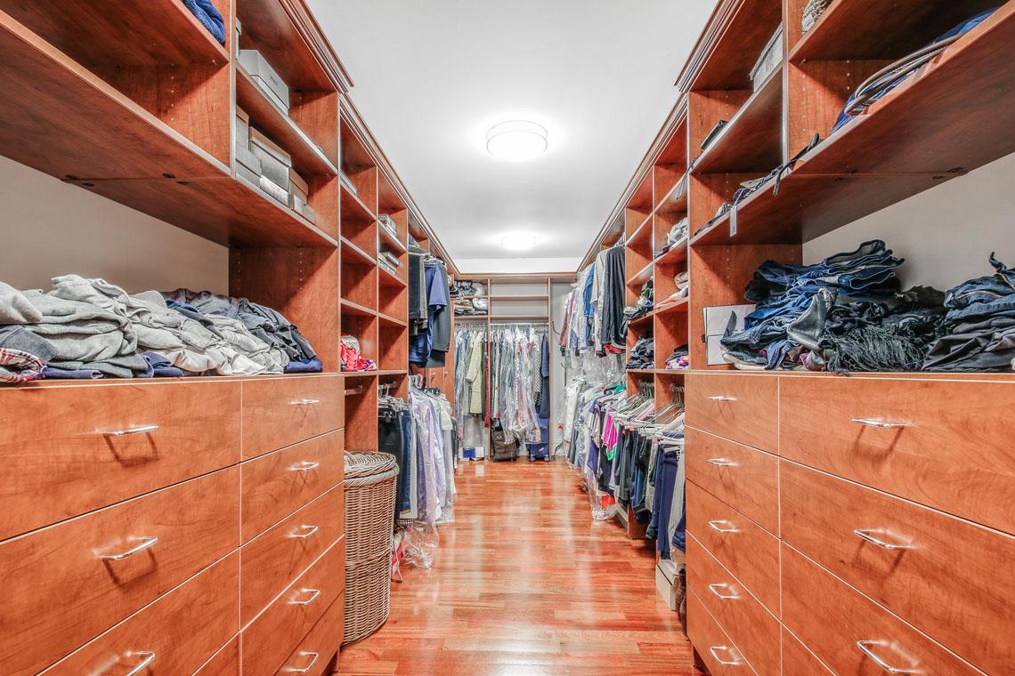 16 -63 Addison Drive – Master Walk-in Closet