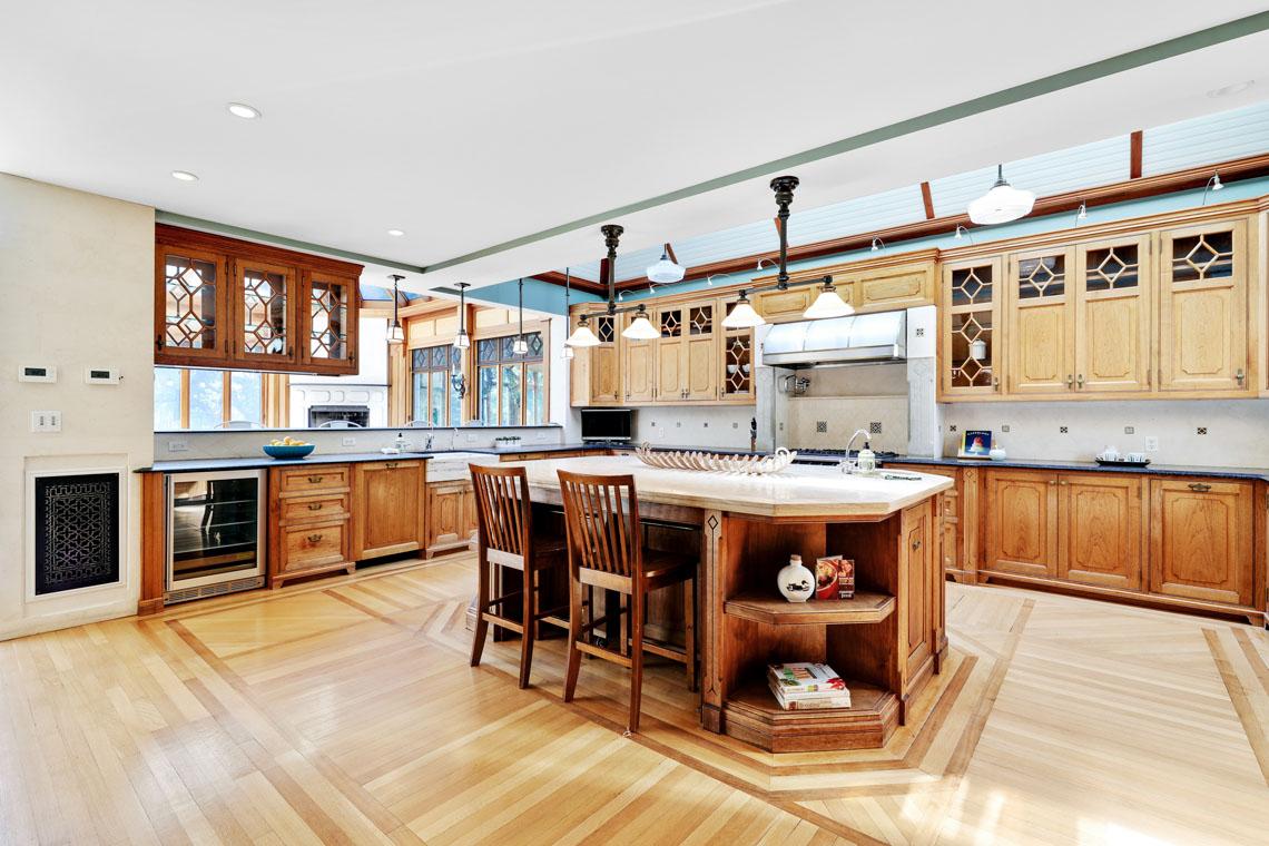 4 – 12 E Hartshorn Drive – Spectacular Kitchen