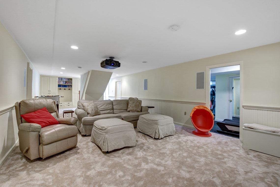 21 – 275 Hobart Avenue – Media Room