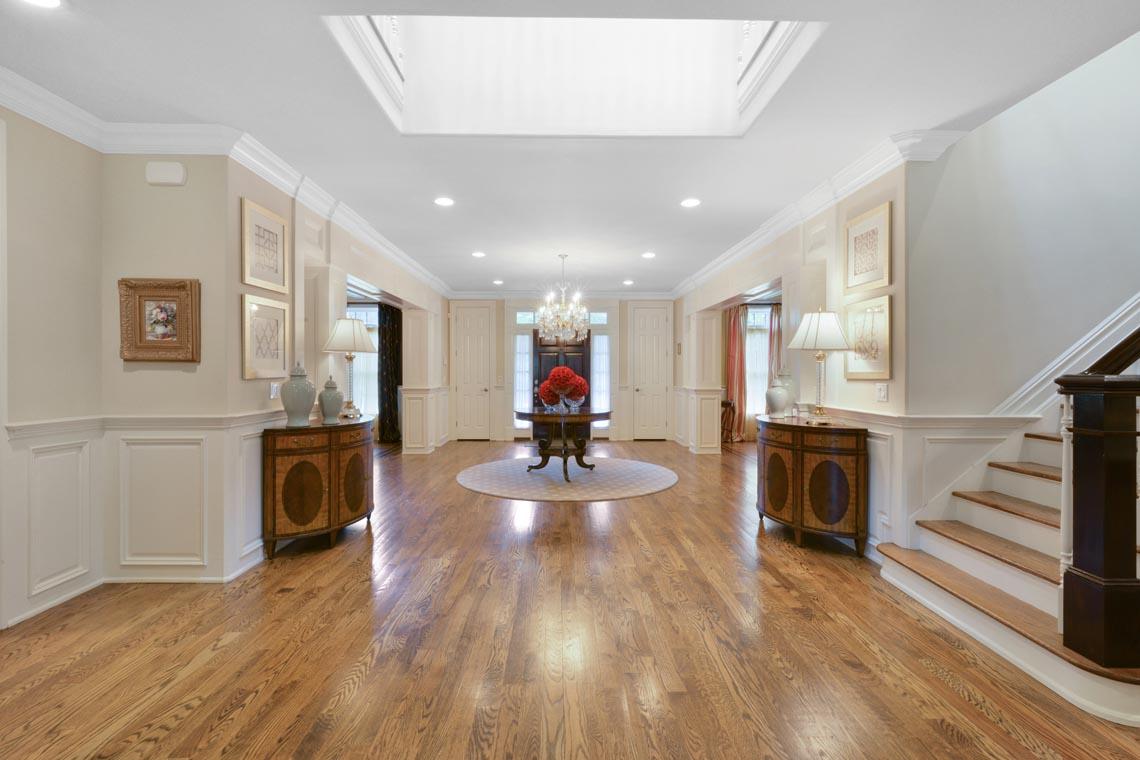3 – 50 Hilltop Road – Grand Entrance Hall