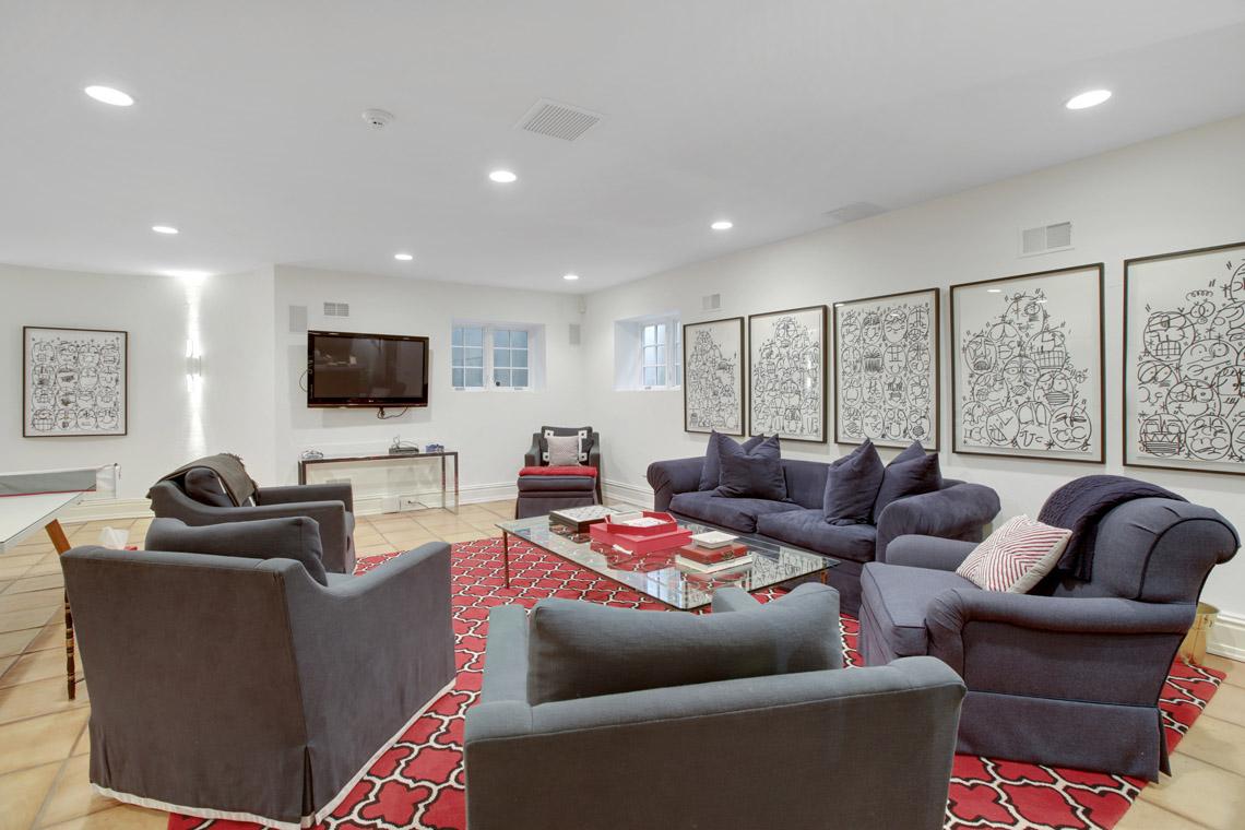 24 – 2 Jefferson Avenue – Media Room