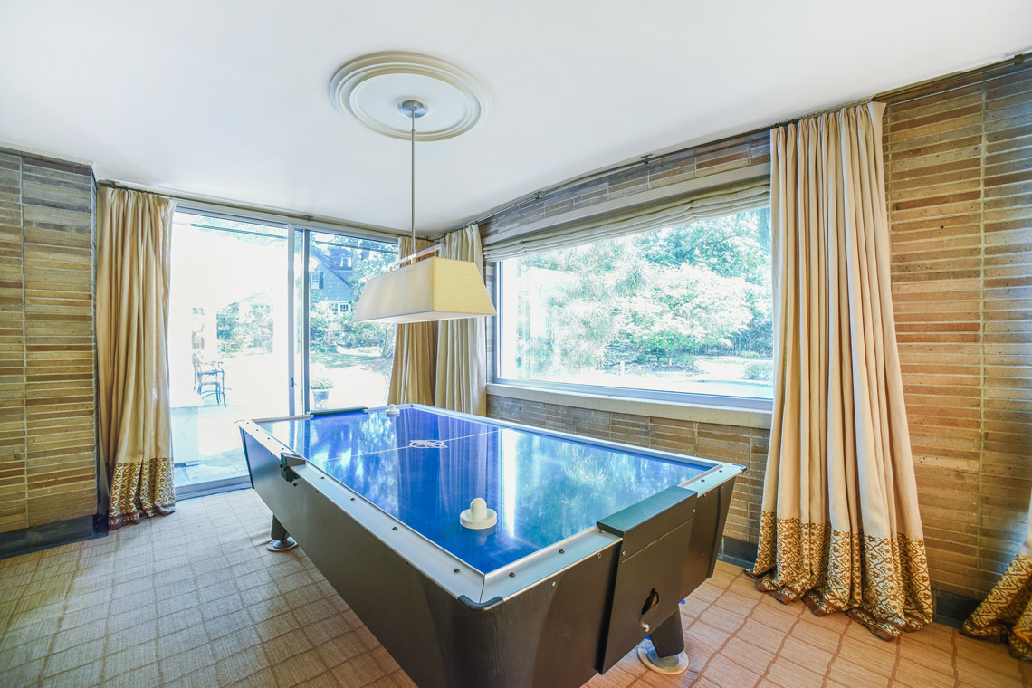 10 – 50 Coniston Road – Family Room