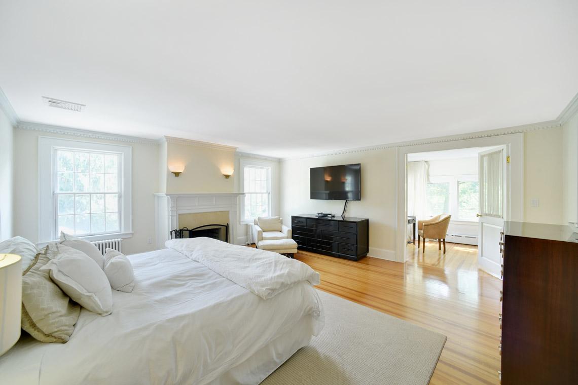 16 – 50 Coniston Road – Master Bedroom