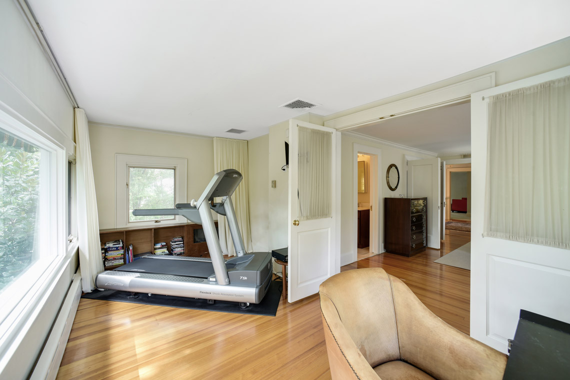 18 – 50 Coniston Road – Master Sitting Room