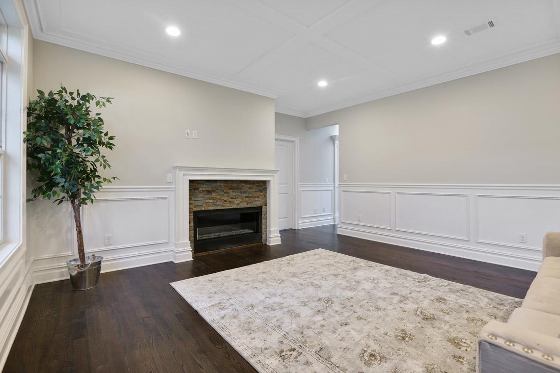 11 – 14 Chestnut Road – Family Room