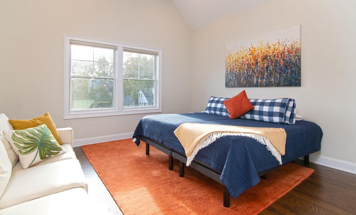 15 – 57 Locust Avenue – Bedroom
