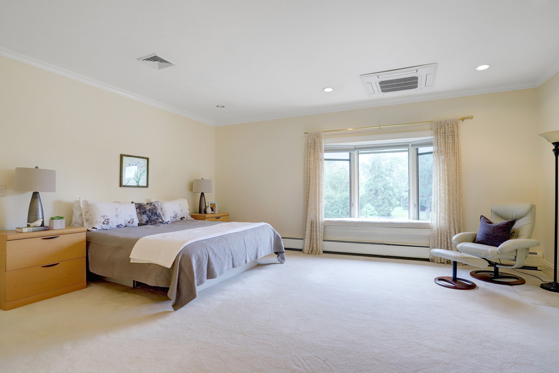 17 – 5 Pine Valley Way – Bedroom