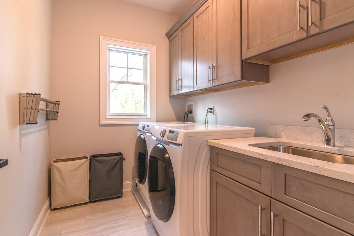 18 – 57 Locust Avenue – Laundry