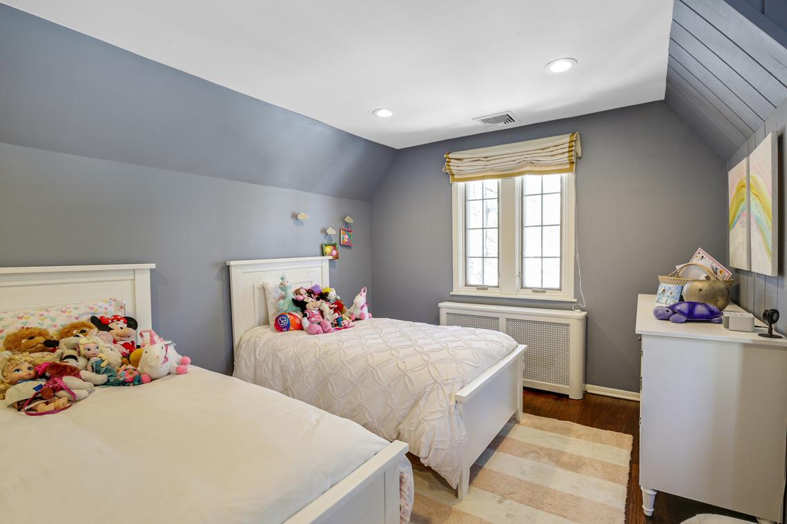 23 – 17 Colonial Way – Bedroom 3