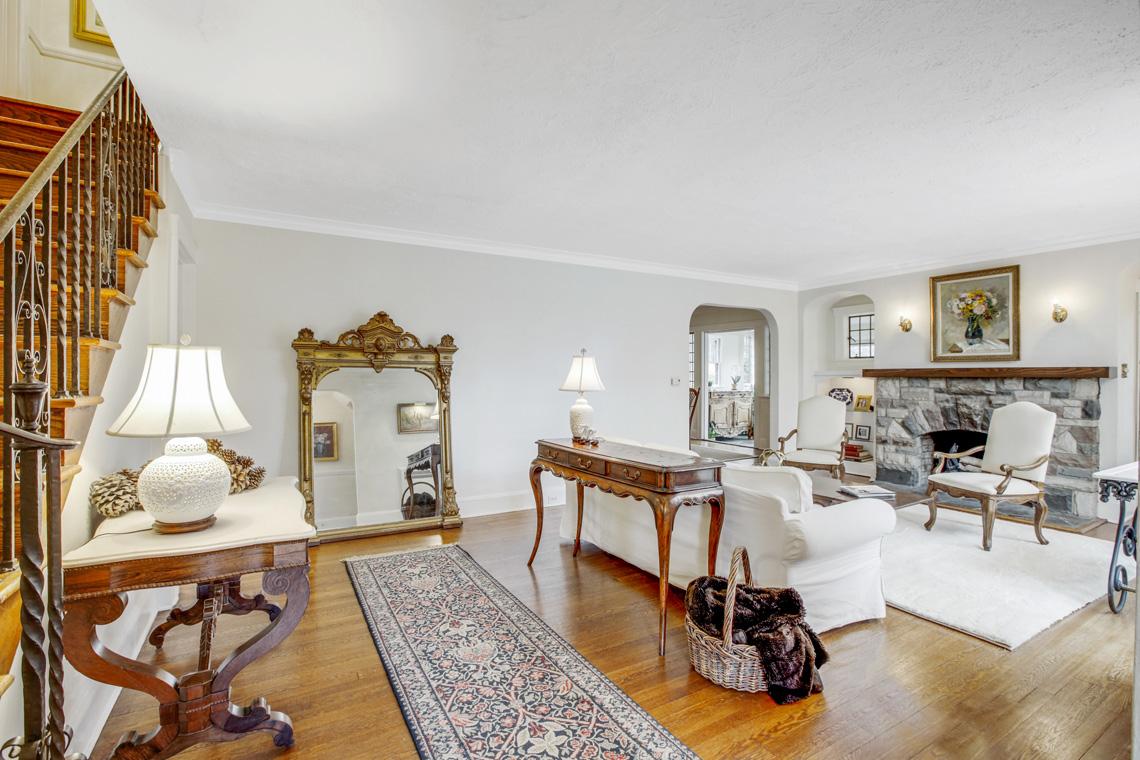 3 – 11 Wyndham Road – Living Room