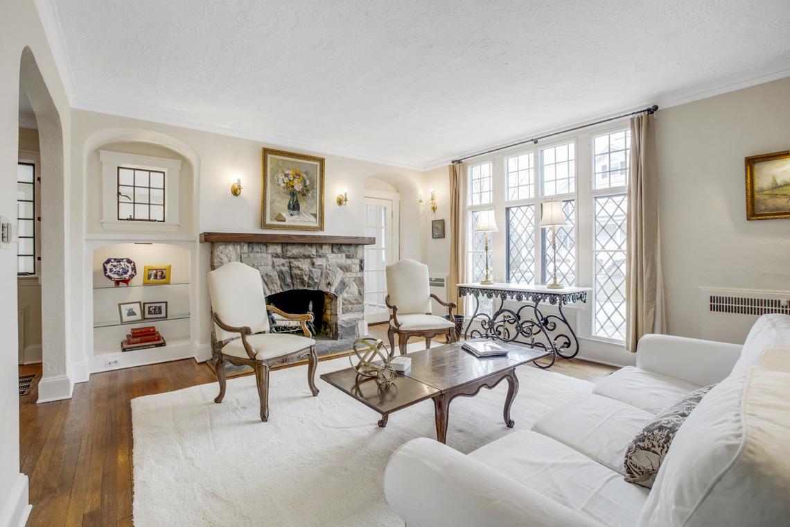 5 – 11 Wyndham Road – Living Room