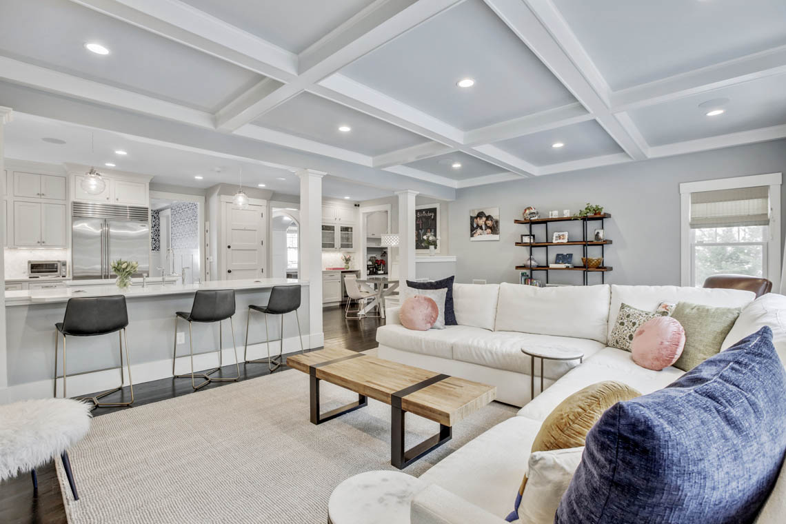 12 -33 Parkview Terrace – Family Room