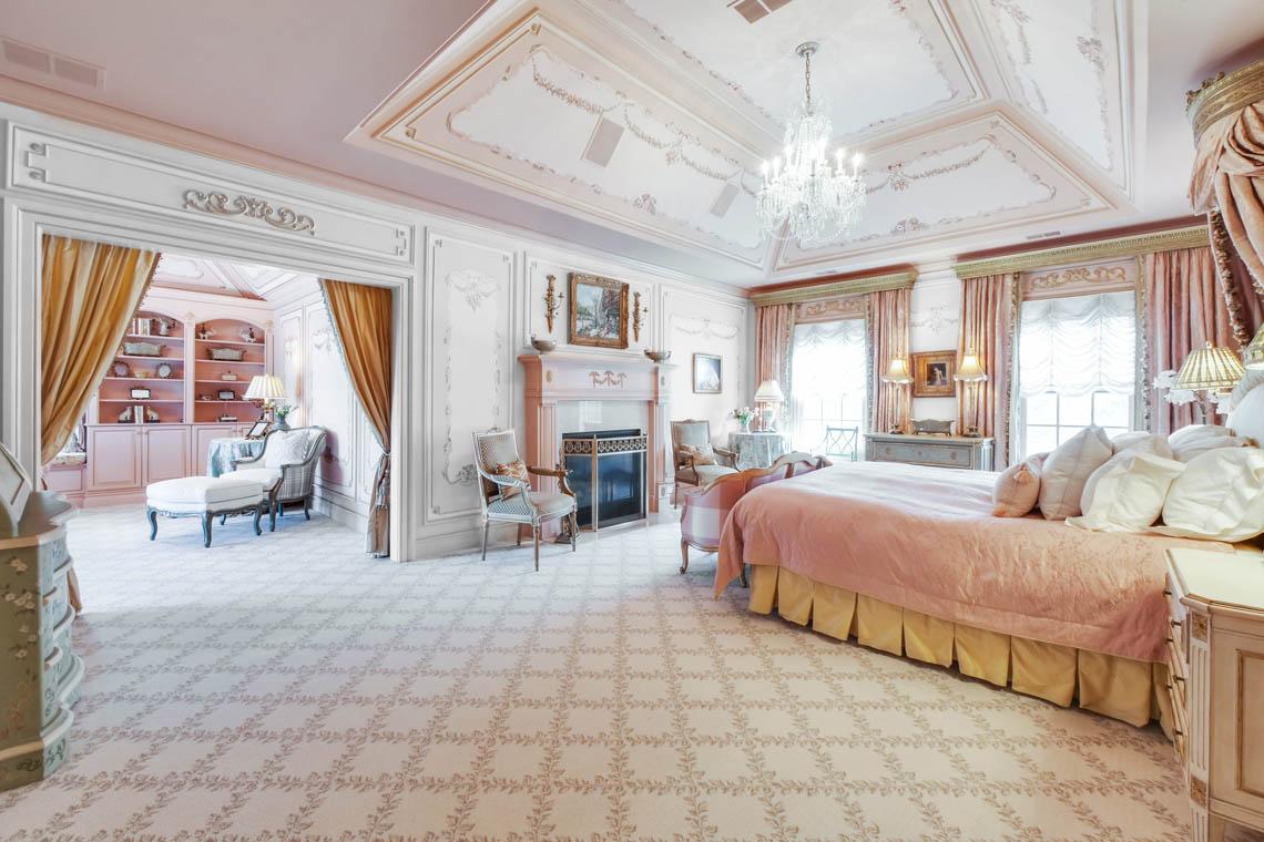 13 – 1 Pleasant Plains Road – Master Bedroom