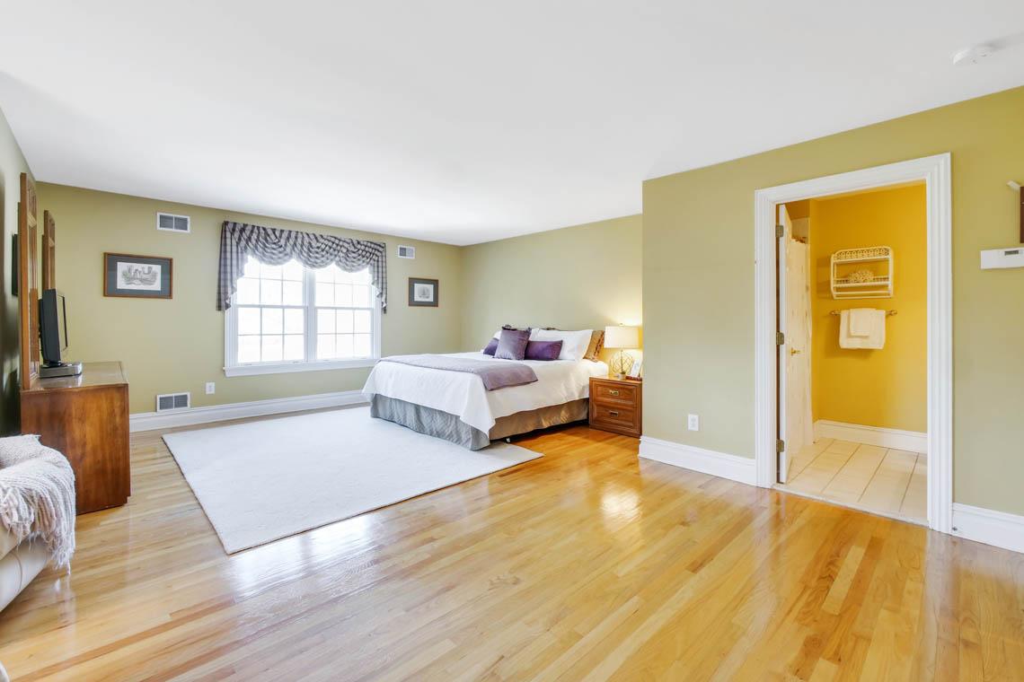 17 – 1 Pleasant Plains Road – Bedroom