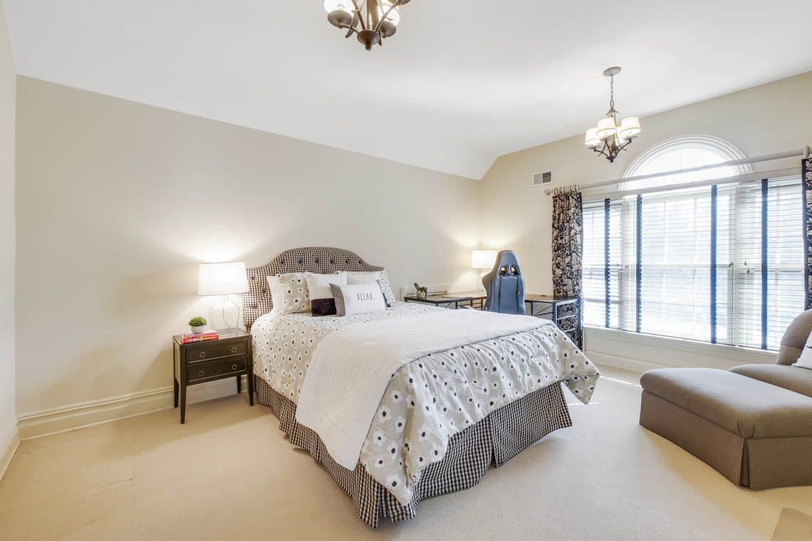 20 – 1 Pleasant Plains Road – Bedroom