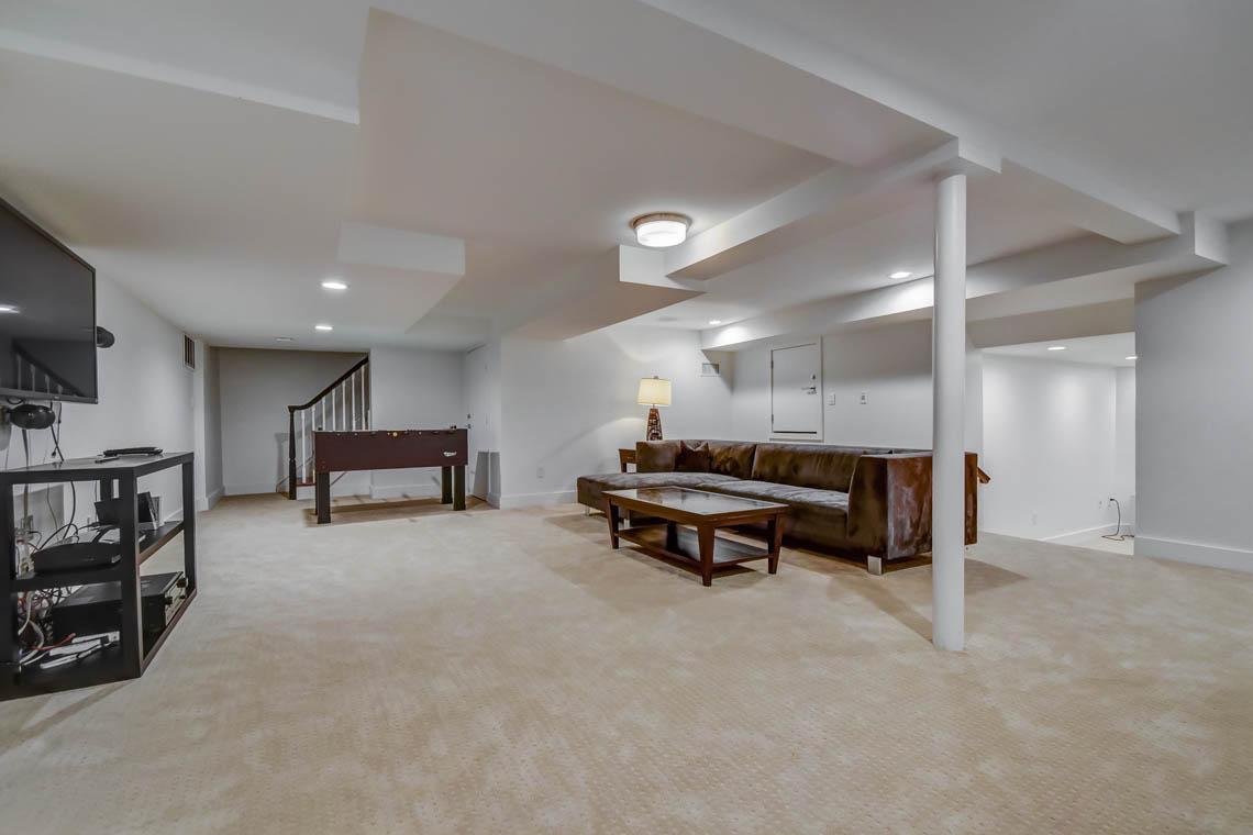 20 – 75 Minnisink Road – Recreation Room