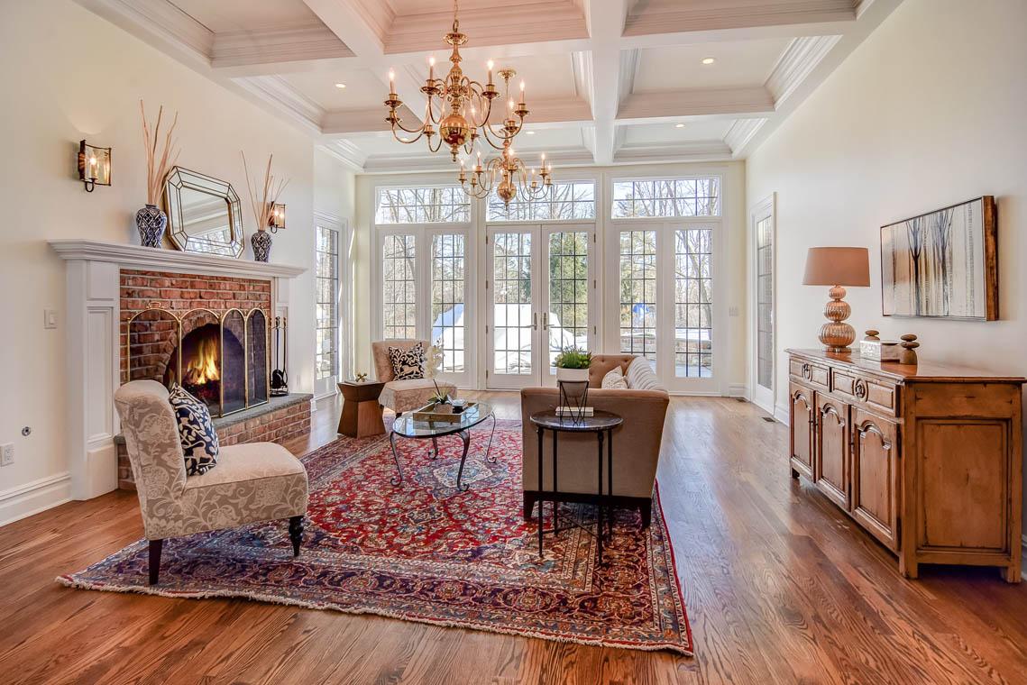 8 – 275 Hartshorn Drive – Great Room