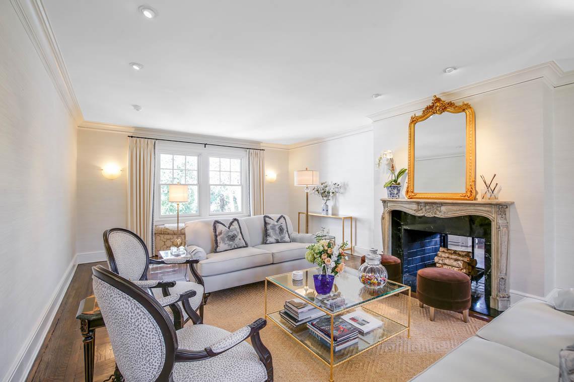 12 – 50 Grosvenor Road – Living Room