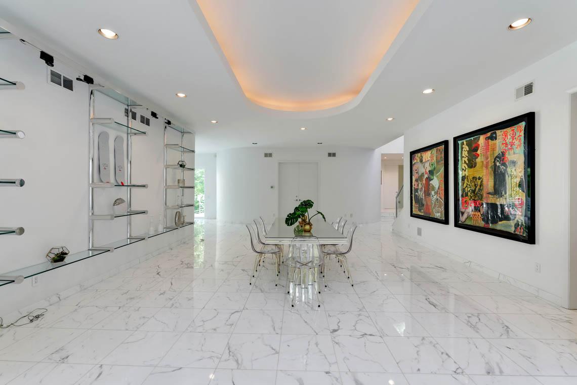 11 – 261 Hartshorn Drive – Dining Room