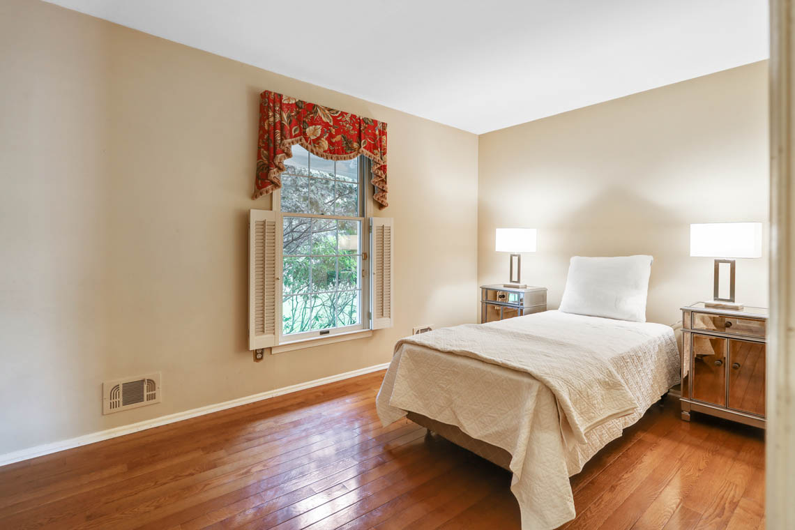 13 – 335 Long Hill Drive – In-law Suite
