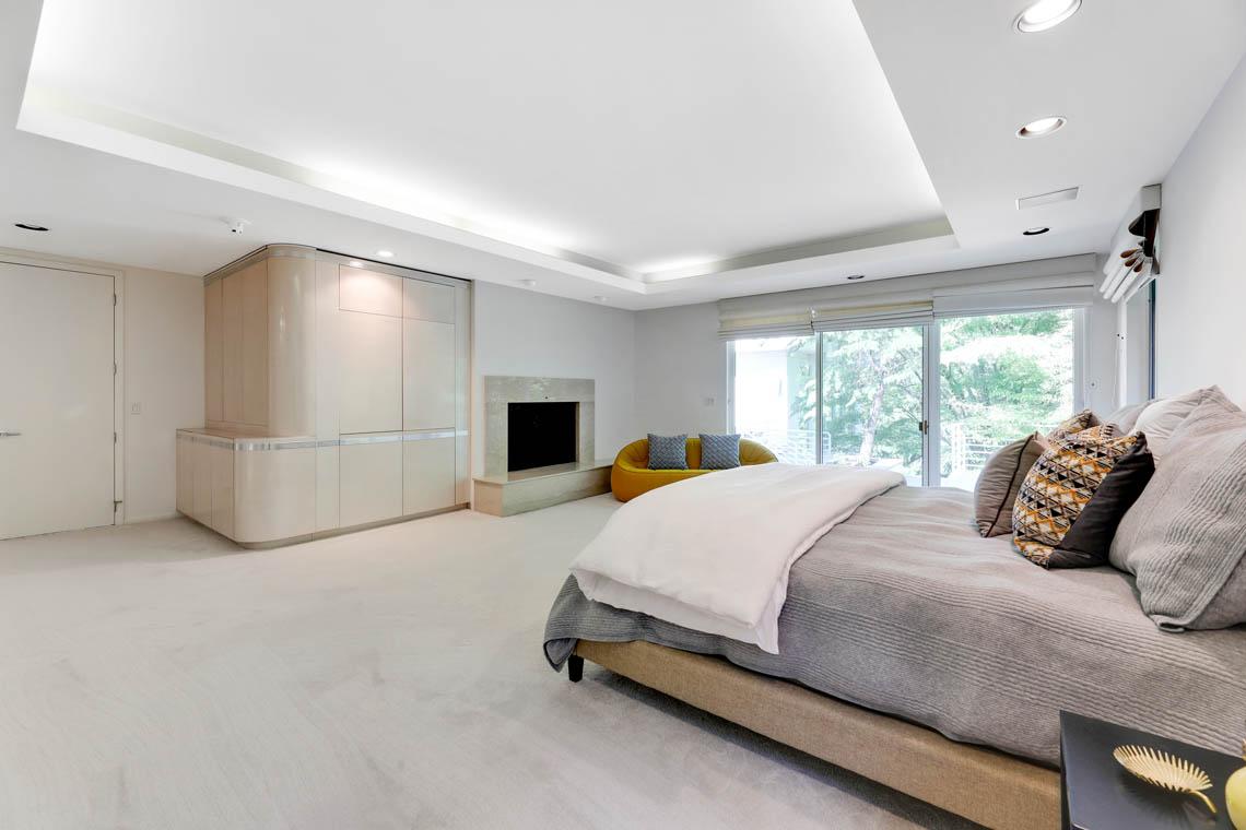 16 – 261 Hartshorn Drive – Master Bedroom
