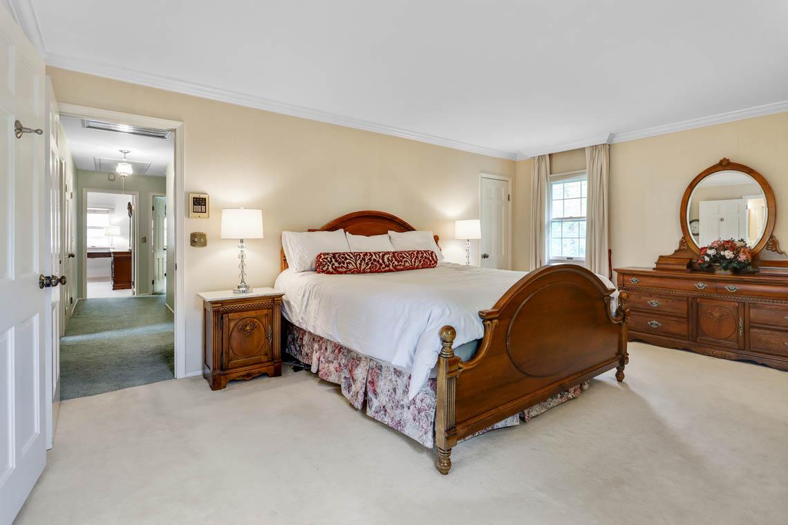 16 – 335 Long Hill Drive – Master Bedroom