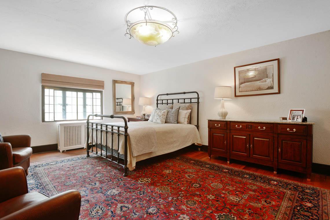 21 – 1 Twin Oak Road – Bedroom 5